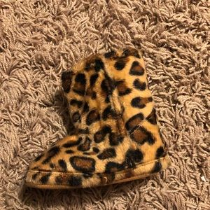 Juicy Couture leopard baby boots 6-9 mo
